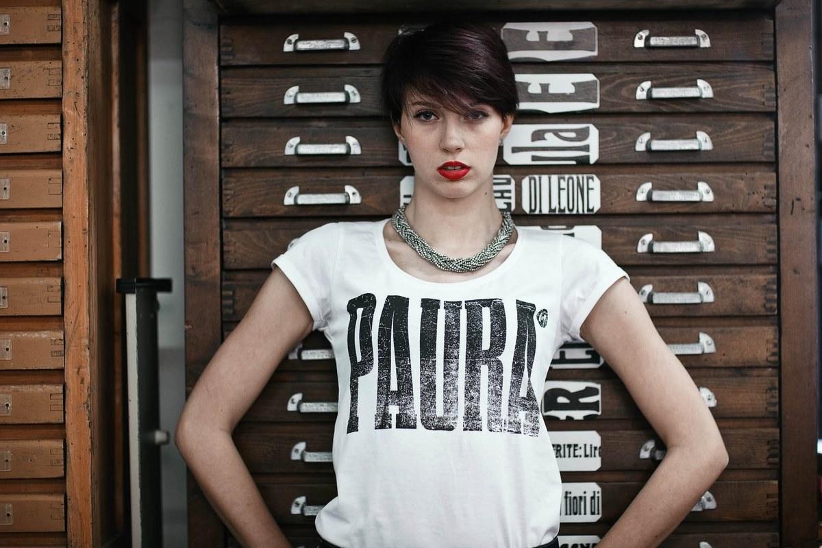 T-Shirt Paura bianca donna